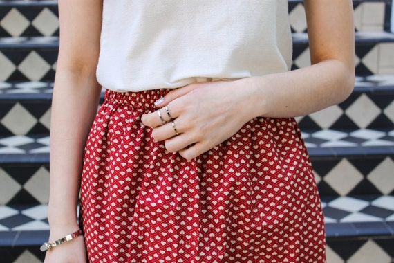 the Love -skirt (red hearts one size cotton print mini skirt with elastic waist)