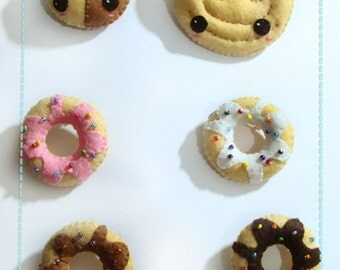 Brooch or KeyChains Donuts , cookie or puff pastry palm felt kawaii