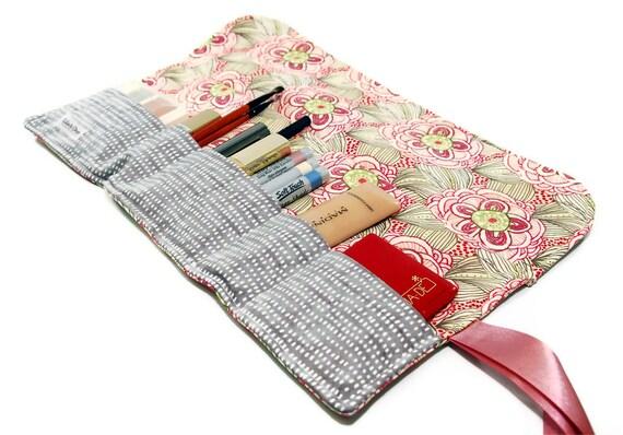 Makeup organizer pouch - Doodle flower, cosmetics roll, makeup storage , travel make up bag