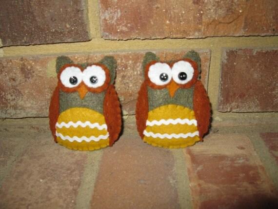 Two Felt Owl Tucks or Ornies