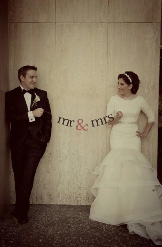 mr & mrs Banner.  Ships Priority.  Wedding Banner.  Wedding Garland.  Wedding Decor.  Wedding Decoration.  Wedding Photo Prop.  5280 Bliss.