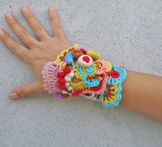 Crocheting Bracelets : Jewelry / Bracelets Cuff Free form crochet Cuff bracelet by kovale