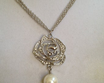 Bridal Crystal and Pearl Necklace