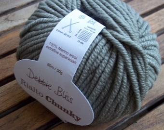 CHUNKY Weight Yarn - Sage (#43009) Merino - Debbie Bliss Rialto - 50 g - 66 yards - Grey Green