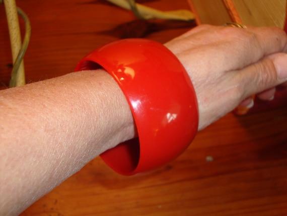 "Fabulous, BRIGHT RED LUCITE 1 5/8"" Wide Vintage Bangle Bracelet - 1950's"
