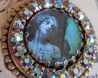 20s revival flapper necklace Flapper photo necklace