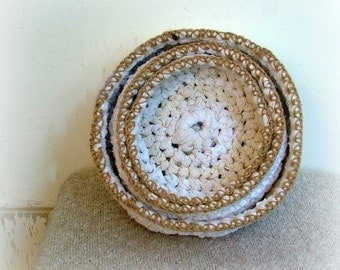 Nesting bowls ~ rag crochet white fabric baskets ~ natural home