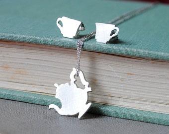 Fancy Teapot & Teacup Set