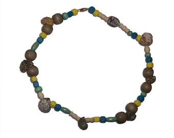 Multicolored Wood and Shells Necklace