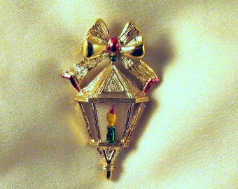 Vintage Brooch,Cristmas Lantern Pin Signed Gerrys