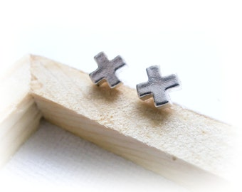 Tiny Cross Sterling Silver Stud - XO Stud Sterling Silver Earrings - Kiss Sterling Silver Stud - Sterling Silver Mini Cross Cartilage Stud