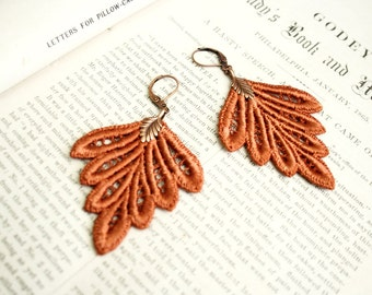 lace earrings -PHILLISE- burnt orange