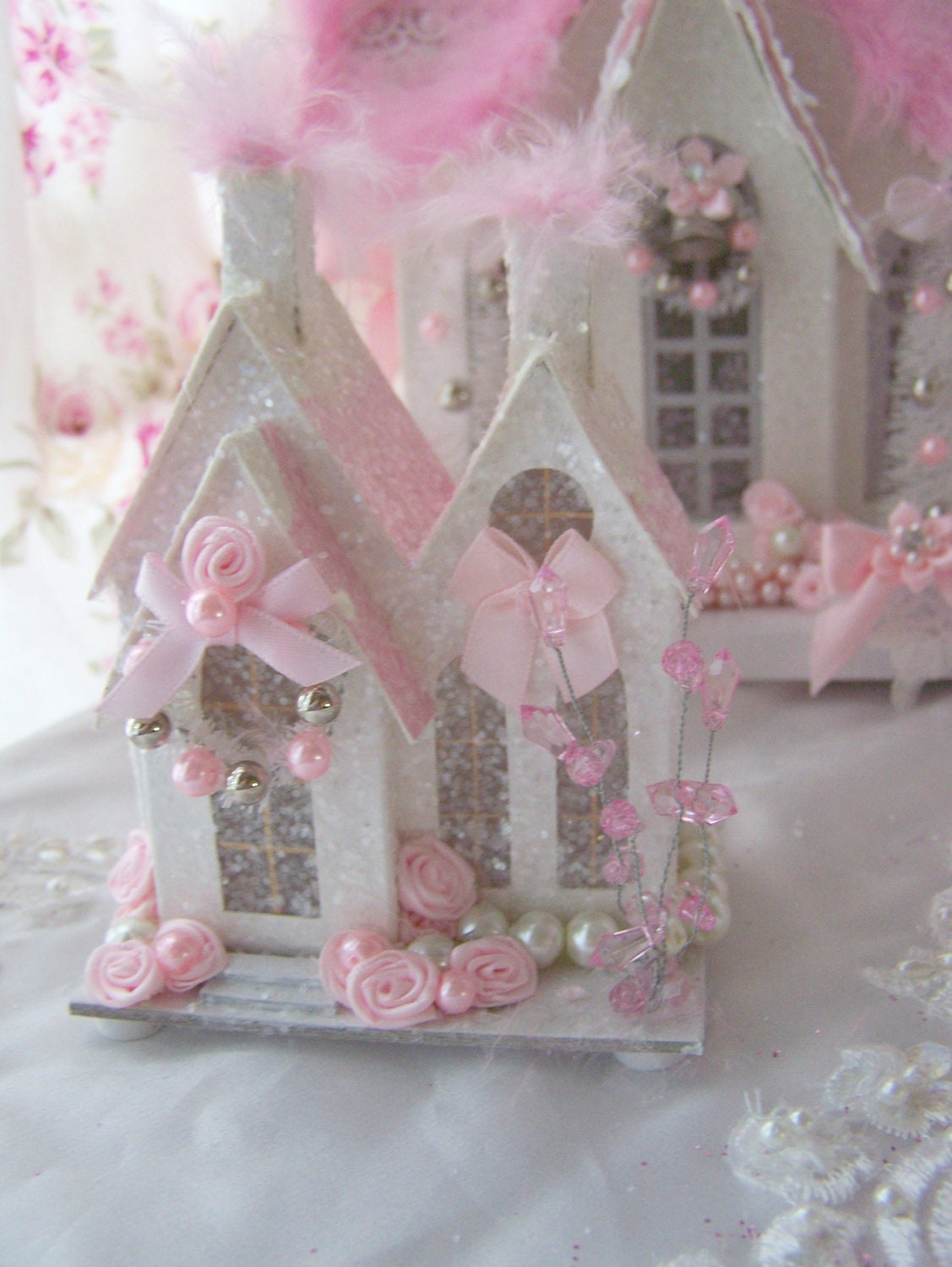 Shabby chic pink christmas village house glitter victorian for Shabby chic christmas