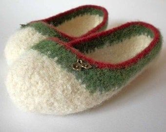 Wool Felted Slipper - The Ade -  Small / Size 6-7 / Cream / Red / Green / Flower Charms - READY TO SHIP