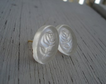 Luminous Vintage Foiled Glass Cameos Relief Rose Stud Pierced Earrings
