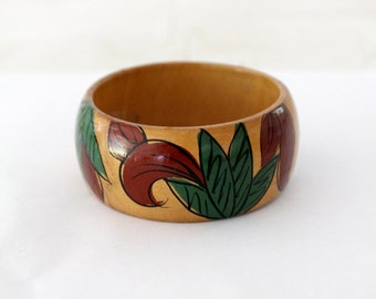FREE SHIP chunky wood bangle, vintage boho painted bracelet