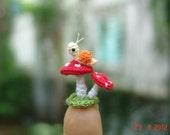 micro crochet snail and mushrooms - art dollhouse miniature amigurumi decoration