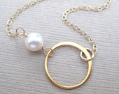 Gold circle necklace, Freshwater pearl necklace, Infinity necklace, Gold fill necklace, Bridesmaid gift, Minimalist necklace every day