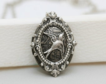 Silver Oval Locket,jewelry gift,Locket,Bird,Flower,Pearl,Filigree Leaf,Locket Necklace,Wedding Necklace