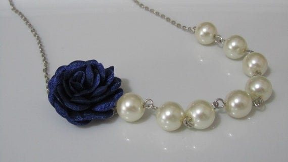 Autumn Sale, Navy blue flower necklace with pearls, Pearl necklace,  Bridal necklace, Bridesmaid necklace, Autumn bridal