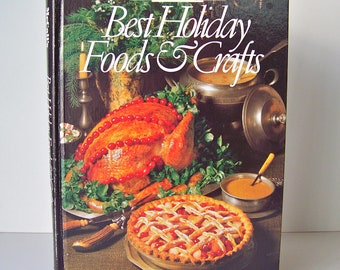 Vintage McCalls Holiday Foods and Crafts Book Thanksgiving Feast Recipes Gifts to Make Gingerbread Cookies Victorian Village ca. 1986