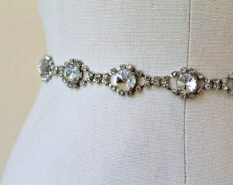 Bridal vintage rhinestone jewel sash. Antique Silver oval crystal wedding belt.  VINTAGE GEM
