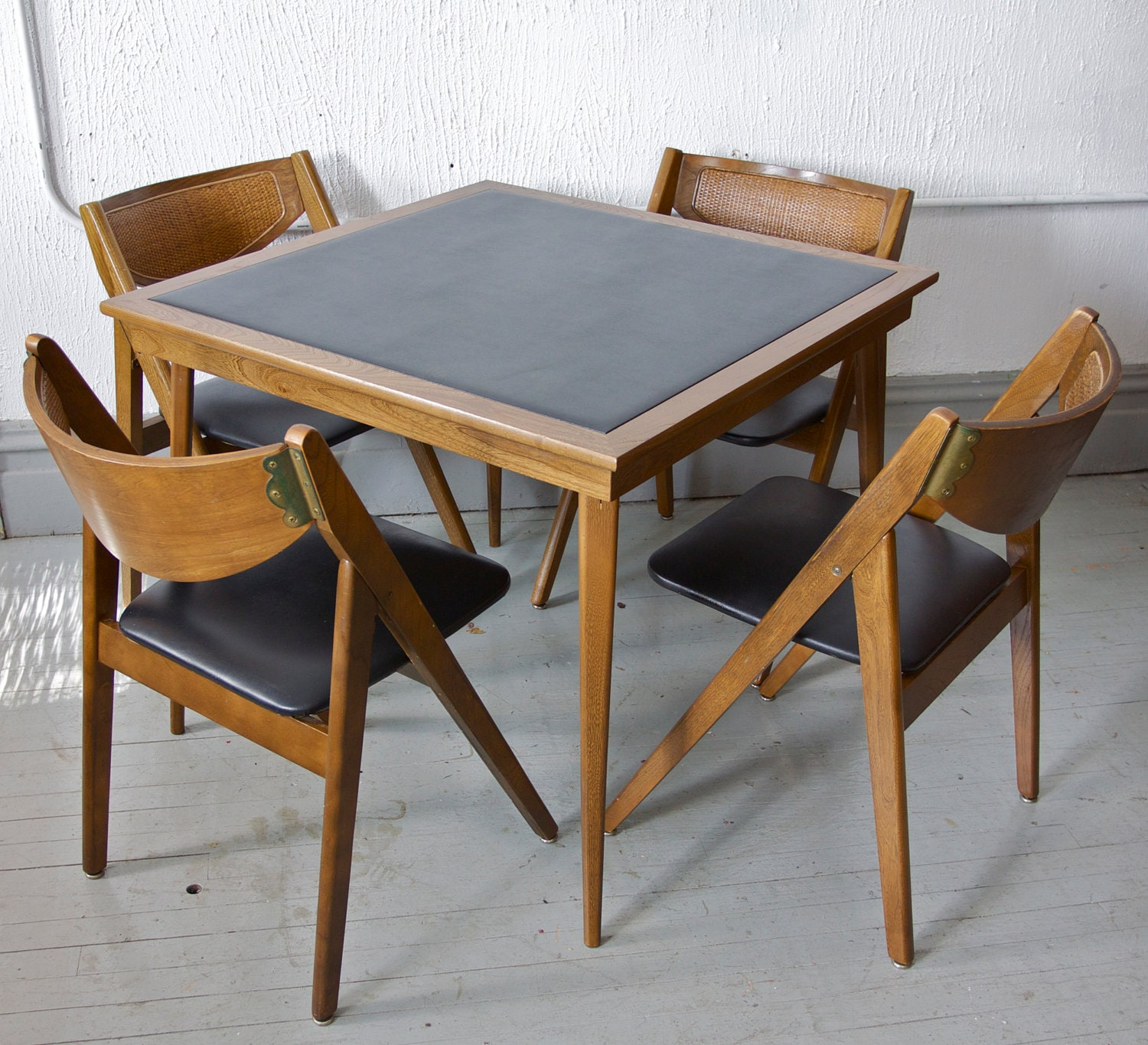 Vintage Mid Century Modern Stakmore Folding Chairs And Card