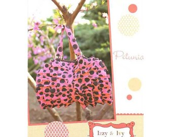 Petunia Bag Pattern designed by Izzy & Ivy Designs