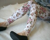 CLEARANCE SALE White lace leggings with rose print