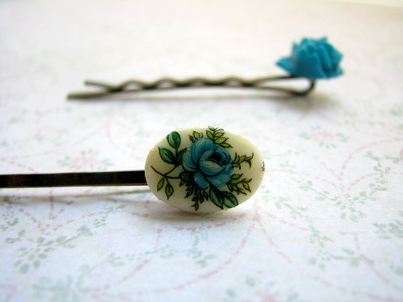 Set of 2 bobby pins, hair pins, Blue rose vintage flower