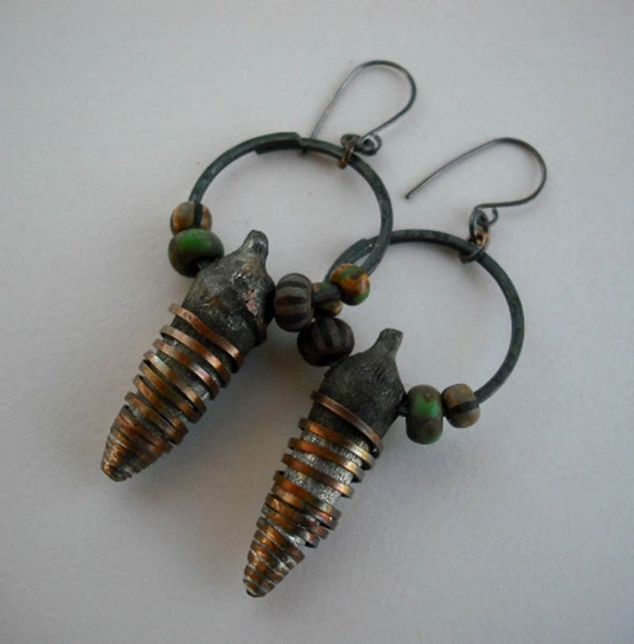 Hollow pod earrings with picasso beads
