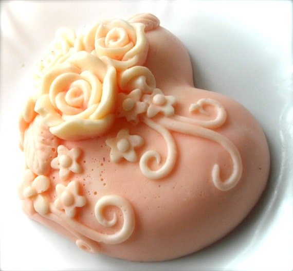HEART SOAP, Heart Soap Favors, Wedding Favors, Valentine's Day, Peach Soap, Mother's Day, Peaches and Cream Heart with Roses Soap