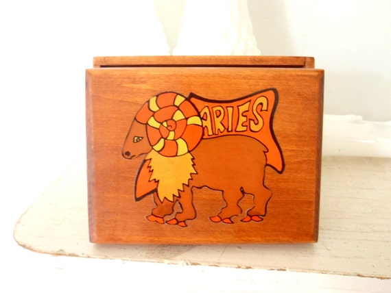 Vintage Box 1970s Aries Horoscope Trinket Box