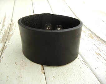 1.5 Inch Wide Genuine SMOOTH BLACK Leather Cuff Bracelet - Cuff Wristband - Cuff Blank - Hand Stamped Jewelry Supply