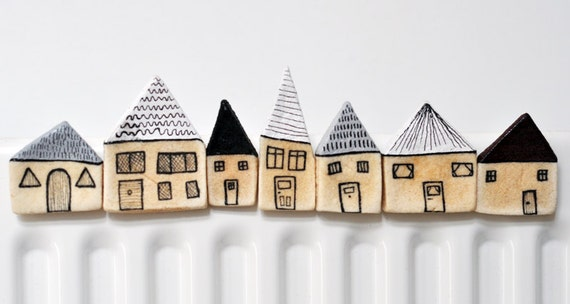 Great British mini house magnets in pebble grey