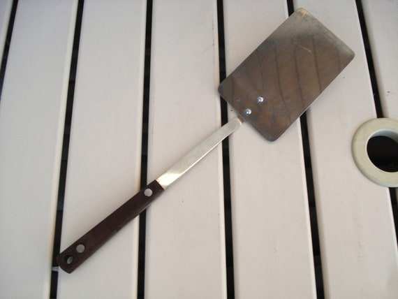 Vintage PYRAMID Japan Stainless Steel Spatula With Hard Plastic Handle Kitchen Utensil.