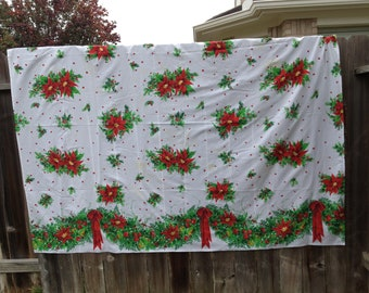 Tablecloth Large Christmas holiday poinsettia vintage