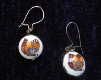 Vintage enamel wire earrings.