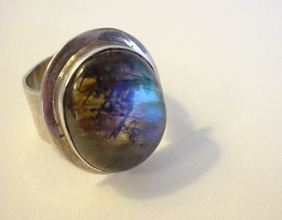 Vintage Ethnic Sterling Silver Uni-Sex Ring w/ Labradorite Stone- Boho Chic