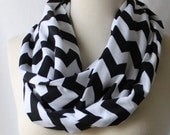 Infinity Scarf Chevron - Black and White Chevron Scarf - remixedbyjacki