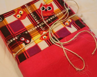 Pink and Plaid Retro Owl, Flannel Pillowcases