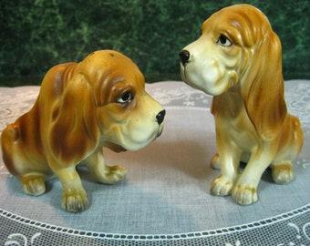 Vintage Hound Dog Salt & Pepper Shaker Set - Hound Dog Shakers - Hound Dog Salt and Pepper Shakers - Dog Shakers - Vintage Hound Dog Shakers