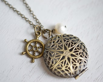 Locket Necklace, Filigree Locket, Round Locket,Nautical, Ship Wheel, Freshwater Pearl, Vintage Inspired, Sea Locket, Antique Brass, Set Sai