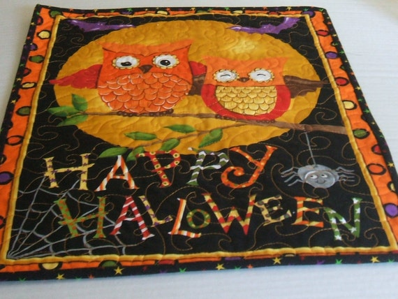 Halloween Owl-Wall Hanging/Table Runner-Reversible-Free Shipping