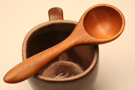 wooden coffee scoop and tablespoon measure of Cherry wood