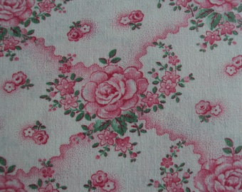 Beautiful Vintage French Cotton Fabric Pink Roses Rosebuds Pillows Patchwork Quilting Lavender Bags Feedsack