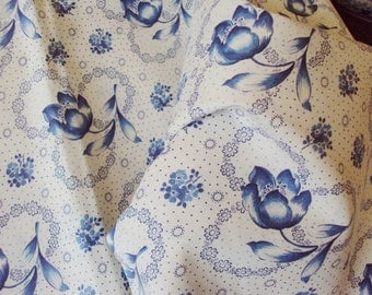 Yardage Vintage French Fabric Blue Tulips Floral Unused Suitable for Patchwork Quilting Lavender Bags