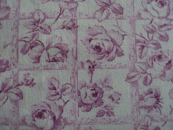 Beautiful Vintage French Cotton Fabric Fuschia Pink Roses Rosebuds Trellis Pillows Patchwork Quilting Lavender Bags Feedsack