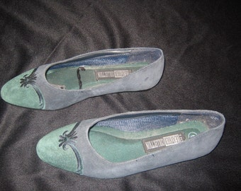 Sale Vintage Forest Green Suede shoes