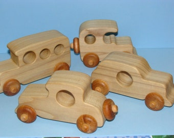 Old Timer's - Classic Wooden Toy Cars (set of 4) - NATURAL